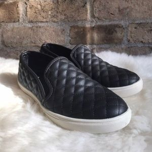 Quilted slip on sneaker women's black shoes